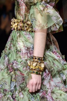 Dolce & Gabbana Fall 2018 Fashion Show Details - The Impression