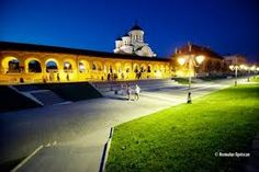 Imagini pentru alba iulia cetate Visit Romania, Places To See, Cities, Beautiful Places, Mansions, Country, House Styles, Romania, Bonito