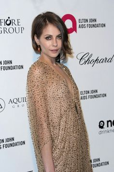 Willa Holland Photos - Actress Willa Holland attends the Annual Elton John AIDS Foundation's Oscar Viewing Party on February 2015 in West Hollywood, California. - Arrivals at the Elton John AIDS Foundation Oscars Viewing Party — Part 4 Hunter Parrish, Willa Holland, Thea Queen, Mary Johnson, Elton John Aids Foundation, Colton Haynes, Cw Series, Glamour Makeup, Tyler Posey