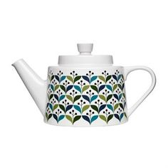 With a Scandinavian influence this Retro Teapot from Sagaform is perfect for serving your favorite tea. Crafted from stoneware and beautifully decorated with a retro pattern in green and blue this teapot will make a perfect addition to any modern Teapot Design, Teapots Unique, Ceramic Teapots, Ceramic Tableware, Dot And Bo, Scandinavian Design, Tea Set, Kitchenware, Mugs