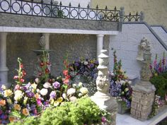 close-up detail of the 'Mornington Mews' garden by Robin Carey