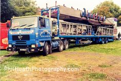 Showman's Foden 6 wheeler,artic photographed in Truck Transport, Fun Fair, Classic Trucks, Old Trucks, Trailers, 1980s, Attraction, Transportation, Carnival