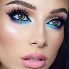 @jessicarose_makeup is absolute perfection using #Sigmamakeup and #Sigmabrushes.  #goals  Products used: -Gel Liner in Wicked & High Caliber Lash #mascara on bottom #lashes -#Brow Expert Kit in Medium -#Lip Base in Lovesick & Lip Vex in Tender -#Blush in Heavenly by sigmabeauty