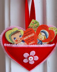 Heart Pockets.  Would love to make these for  my grand daughters..