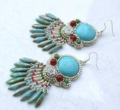 Hey, diesen tollen Etsy-Artikel fand ich bei https://www.etsy.com/de/listing/183317358/turkis-chandelier-ohrringe-turkis-perlen