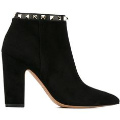 Valentino Garavani Rockstud ankle boots (24,415 MXN) ❤ liked on Polyvore featuring shoes, boots, ankle booties, bota, обувь, black, high heel bootie, black leather ankle booties, high heel ankle boots and black pointed toe booties