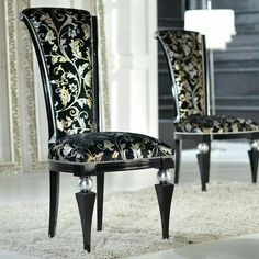 ☆✨☆ Refurbished Vintage High Back Chair - ☆✨☆ Luxurious and elegant high-back wood dining chair, made in Italy and fully upholstered in the most unique fabric available. Tufted Dining Chairs, High Back Dining Chairs, Dining Chair Covers, Fabric Dining Chairs, Dining Table Chairs, Patio Chairs, Beach Chairs, Luxury Furniture, Furniture Decor