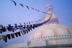 bandiere di preghiera appesa al Boudhnath di Kathmandu