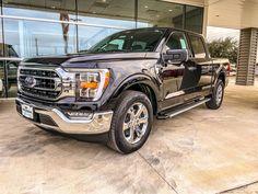What do you'll think of the 2021 Ford Truck line? Ford Pickup Trucks, New Trucks, Cool Trucks, Ford F150 Xlt, Park, Lamborghini, Dream Cars, 4x4, Vehicles
