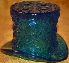 Vintage FENTON Royal BLUE Glass DAISY & BUTTON Pattern TOP HAT Toothpick Holder