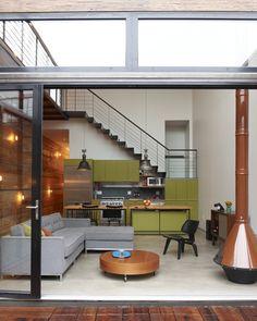 Atrium House by MESH Architectures - Design Milk Home Design, Interior Design, Design Ideas, Modern Interior, Maison Atrium, Interior Architecture, Interior And Exterior, Kitchen Interior, Small Open Kitchens