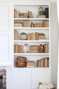bookshelf-styling-tips-5.jpg (700×1050)