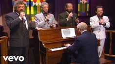 Bill & Gloria Gaither - I Shall Not Be Moved [Live] ft. The Statler Brot...