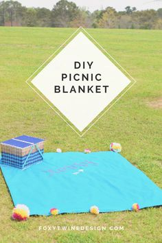 DIY Picnic blanket Summer | spring | fun | how to make | diy | tutorials | Pom poms | Embroidery | park