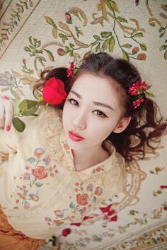 MonMonMori - I like this Mori girl style