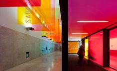 P-06 Atelier, une firme de communication, design graphique et signalétique basée, au Portugal, a conçu la signalétique pour le Pavillon de la connaissance (Pavilhão do conhecimento - Pavilion of Kn...