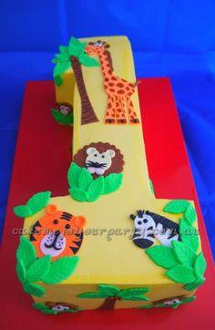 Jungle Animal Cake- birthday ideas for boys. 1st Birthday Cakes, Baby 1st Birthday, First Birthday Parties, Birthday Ideas, Animal Birthday, Jungle Cake, Jungle Party, Safari Party, Safari Theme