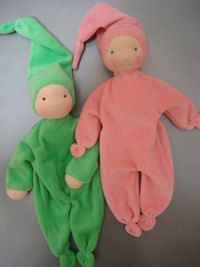 Waldorf Doll Kit - Available in a wide choice of colours.. $19,25, via Etsy.