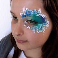 face paint eye design fast