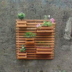 Resultado de imagem para floreiras