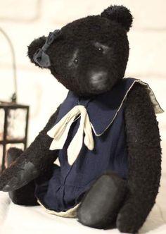 Maude By Alla Zubkova - Bear Pile