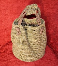 Dos bolsos de crochet