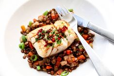white fish with lentils, vegetables and soy butter Healthy Dinner Options, Frisk, Chana Masala, Lentils, Seafood Recipes, Family Meals, Risotto, Food To Make, Meal Planning