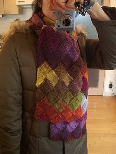 entrelac scarf knit by 画像 109 by nokorin, via Flickr