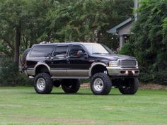 2002 Ford Excursion 4x4 DIESEL!