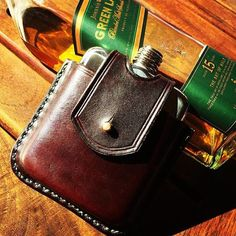 @a.s_strydom filling his #hipflask with some whisky for his weekend away. All the ingredients for a perfect weekend! #swigmoments #swigflasks