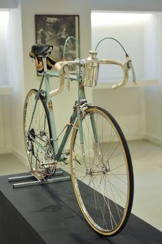 Bianchi Fan #227 Club 4A01958. Bicicletas clásicas. Ciclismo clásico. Ciclismo. Cicloturismo. Ciclismo vintage. www.nicolascamarero.com