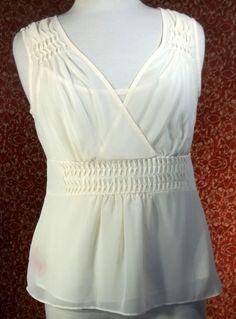 BANDOLINO cream 2 piece sleeveless blouse and camisole 8 (T21-02G5F) #Bandolino #Blouse #Career