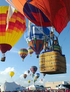 Hot-air balloons in Northeast Texas