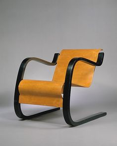 Interior Design Addict: Armchair, Alvar Aalto (Finnish), Artek Oy, laminated and painted birch plywood and bentwood, Metal Furniture, Furniture Styles, Vintage Furniture, Modern Furniture, Furniture Design, Metal Sofa, Vintage Chairs, Alvar Aalto, Nordic Design