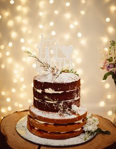 A five-tier showstopper of a cake would be lovely, but how much cake do you and your guests actually need? Find out with this wedding cake servings guide. 2 Tier Wedding Cakes, Unusual Wedding Cakes, Summer Wedding Cakes, Small Wedding Cakes, Wedding Cakes With Cupcakes, Wedding Cakes With Flowers, Beautiful Wedding Cakes, Dream Wedding, Cake Sizes And Servings