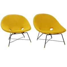 Pair of Mid-Century Modernist Lounge Chairs by Augusto Bozzi for Saporiti