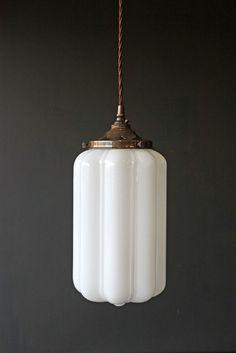 ideas art deco living room interior design chandeliers for 2019 Lampe Art Deco, Deco Luminaire, Luminaire Design, Art Deco Lighting, Vintage Lighting, Home Lighting, Vintage Light Fixtures, Table Lighting, Light Table