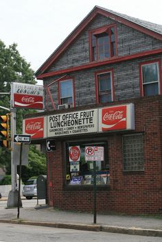Post Office Fruit Luncheonette, Manchester, NH