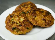 Chicken Patties 114 Cal for 1 patty Points Plus Recipes, Ww Recipes, Low Calorie Recipes, Chicken Recipes, Healthy Recipes, Healthy Chicken, Dinner Recipes, Cooking Light Recipes, Healthy Cooking