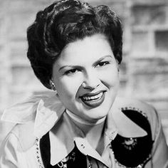 Patsy Cline     Google Image Result for http://assets.rollingstone.com/assets/images/artists/304x304/patsy-cline.jpg
