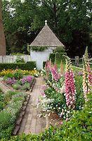 The John Blair House garden in summer. Colonial Williamsburg | Colonial Williamsburg Photography
