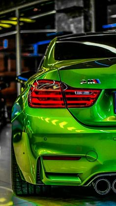 Lujoso BMW - picture for you Best Luxury Cars, Luxury Suv, Bmw M4, Bmw Sport, Sport Cars, Bmw Wallpapers, Desktop Backgrounds, Rims For Cars, Bmw Love
