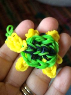 Turtle charm rainbow loom