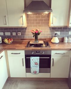 "230 Likes, 11 Comments - @newhomehanbury on Instagram: ""Before and after of our beaut new tiles really bring out the kitchen! #newhome #newbuilds…"""