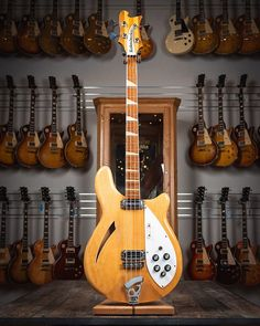 Rickenbacker Guitar, Guitar Hanger, Low End, Double Bass, Band Photos, Music Images, Cd Cover, Cool Guitar, Ukulele
