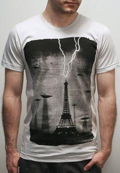 The Invaders - American Apparel Mens t shirt   Unisex t shirt ( UFO t shirt d9e00cc87476