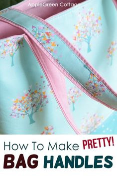 Diy Purse Handles - Better And Prettier! - AppleGreen Cottage See how to make diy purse handles. Prettier, sturdier, and so easy you'll never want to sew your bag straps any other way! See how to make bag handles - easy and beautiful! Diy Sewing Projects, Sewing Projects For Beginners, Sewing Tips, Sewing Ideas, Techniques Couture, Sewing Techniques, Patchwork Bags, Quilted Bag, Diy Purse Handles