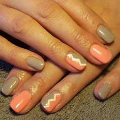 Nails orange brown tan white zigzag