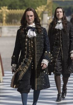 Let's turn back times. Versailles Bbc, Louis Xiv Versailles, Versailles Tv Series, 17th Century Fashion, 18th Century Clothing, Historical Costume, Historical Clothing, Luís Xiv, George Blagden