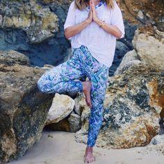 Namaste positive and keep radiating good vibes in my @UndertheSameSun #rebirth #leggings and #vitality #croptop! Get FIT in STYLE in #sustainable #activewear! #wecreateharmony #underthesamesun #yoga #athletic #yogawear #yogis #ohm  Shop the look here ▷ Leggings: http://www.wecreateharmony.com/designers/s-z/under-the-same-sun/leggings-rebirth.html Crop top: http://www.wecreateharmony.com/designers/s-z/under-the-same-sun/crop-top-vitality.html